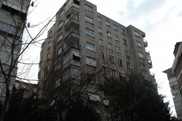Fatih Apartmanı 1984